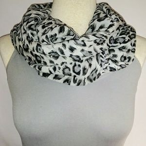 ANIMAL Print Infinity Scarf #hundredsofscarves
